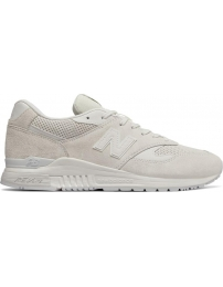 New balance sports shoes ml840