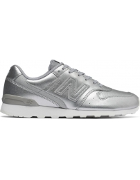 New balance sports shoes wr966