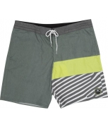 Billabong boardshorts pump'd