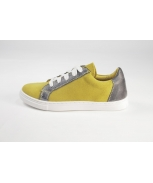 Sports shoes ice amarelo