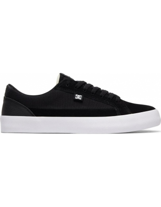 Dc sports shoes lynnfield