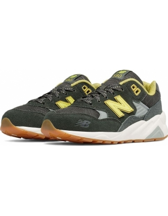 New balance sports shoes kl580