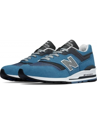 New balance sports shoes m997