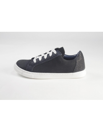 Sports shoes adofr black blue