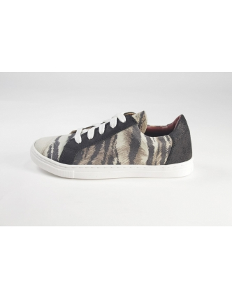 Zapatilla white tiger
